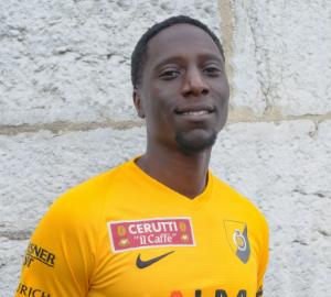 8.Oumar Gaye PS